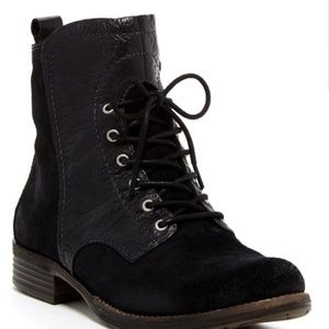 Naya Agave Black Suede and Leather Boots Size 8.5
